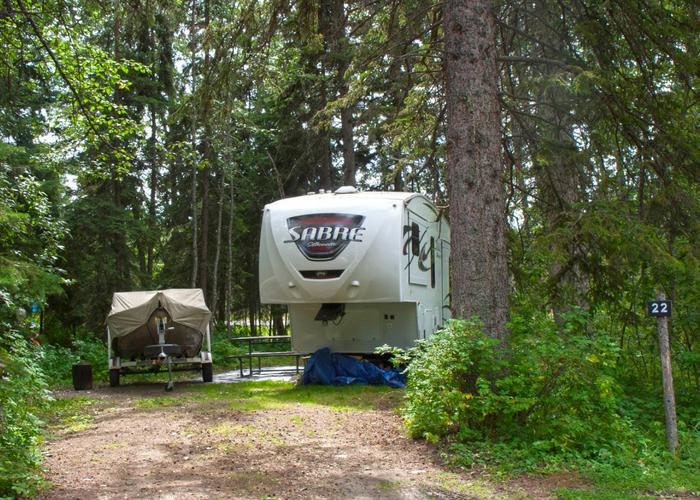 Goose Lake Camp Sites